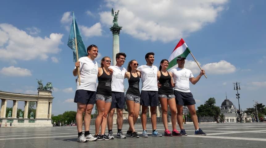 A hét fős csapat, akik végigcsinálták a 15. Drogmentes Maratont